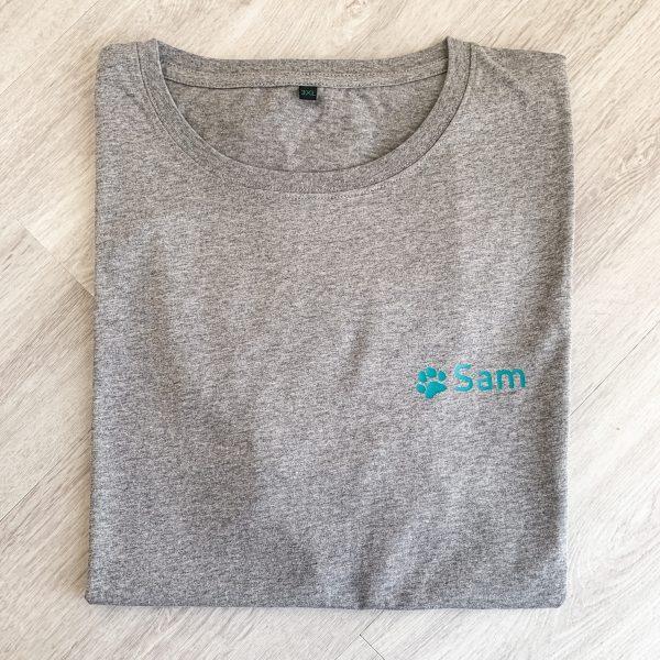 T-Shirt Tatze mit Name